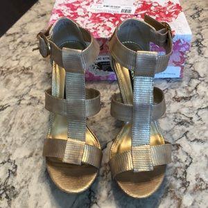 Chinese Laundry Metallic Gold T-Strap Sandal NIB